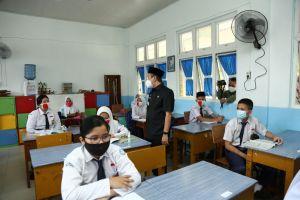 Sekolah Terbuka Dilaksanakan 1 Juli, Gubri Ingatkan Kepala Daerah Waspada Terjadi Penularan COVID-19