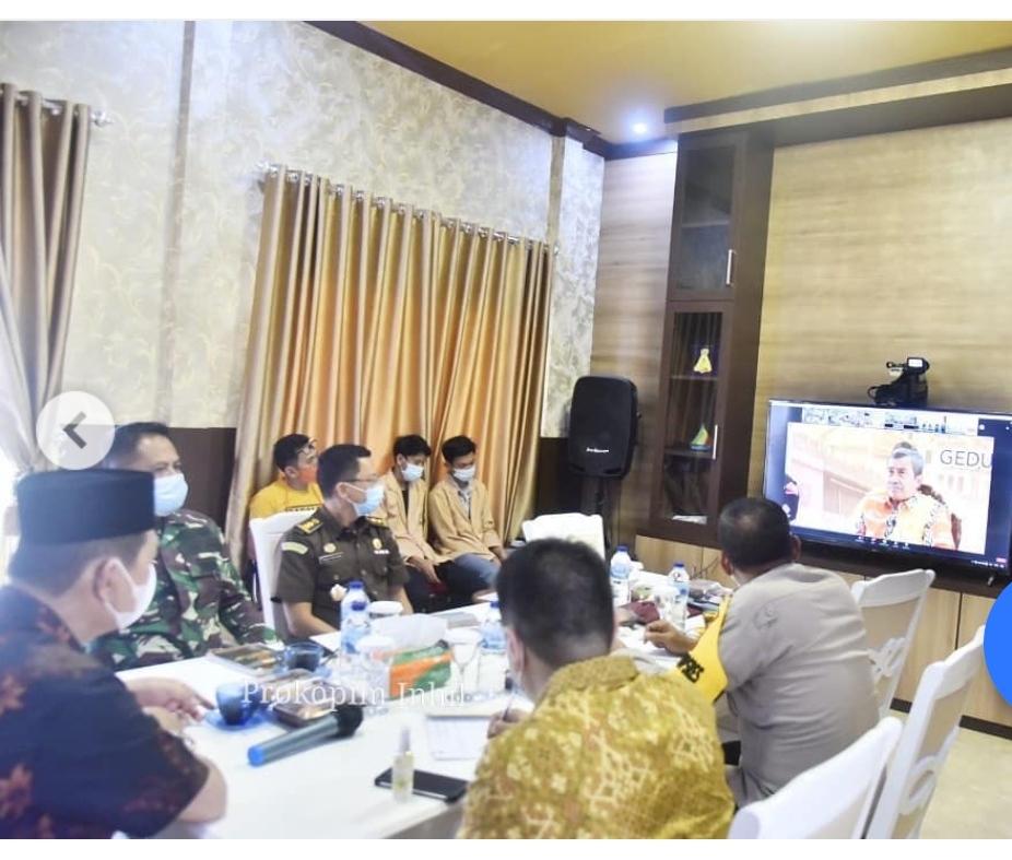 Antisipasi Teror Bom di Riau, Wabup H.Syamsuddin Uti Video Confrence dengan Gubri.