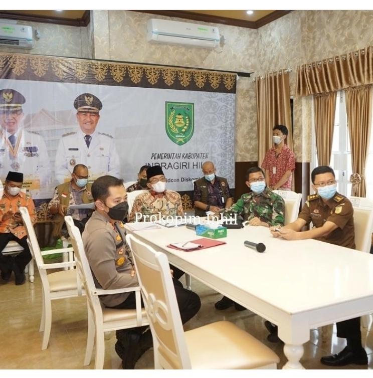 Bupati Inhil HM.Wardan Ikuti Rakoor Penanganan Covid 19 dan Mitigasi Bencana di Prov. Riau