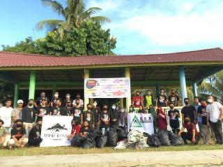 Komunitas dan Organisasi di Kuansing Turut Peringati World Clean Up Day 2020 dengan Pilah dan Pungut