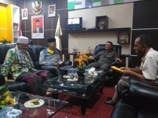 Pengurus Thariqah Syathariyah Silaturrahmi Ke DPRD Kuansing