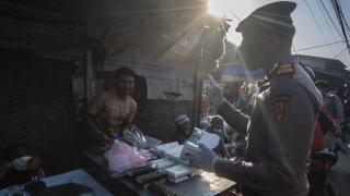 Jerit Pedagang Pasar Bandung Tolak PPKM Darurat Diperpanjang