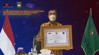 Tepat Waktu Sampaikan Hasil Pemeriksaan, Riau Terima Penghargaan
