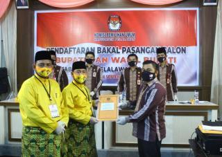 Setelah Deklarasi, Paslon Cabub/Cawabub Adi Sukemi- M. Rais Mendaftar ke KPU Pelalawan
