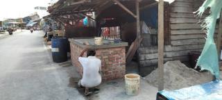 Membangun Meja Permanen atas Gorong (red Parit), Satpol-PP Minta Bongkar Dalam Waktu Dekat.