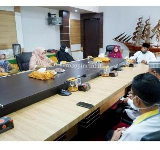 Ketua PCMNU Inhil Hj.Zulaikhah Wardan Pimpin Rapat bersama BAZNAS, Bahas Persiapan Penyaluran Zakat