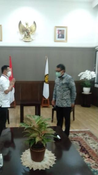Bahas Terkait PJU-TS Di Jakarta, Androy Minta Mentri ESDM Berkunjung Ke Siak