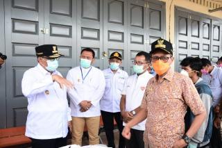 Bupati-Kampar-dampingi-pertemuan-Gubernur-Riau-dan-Sumbar-di-perbatasan.