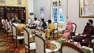 Relawan TIK Riau Silaturahmi ke Gubernur Syamsuar, Ini yang Dibahas