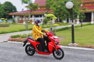 Gubri Uji Coba  Sepeda Motor Listrik,   Sepeda Motor Listrik Ramah Lingkungan