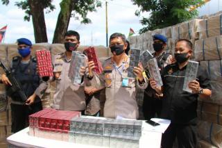 Ditpolair Polda Riau Amankan Kapal Bermuatan  1062 Dia Rokok,Selamatkan Kerugian Negara 4,9 Milyar.