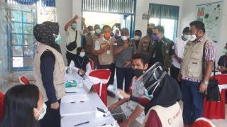 Ketua DPRD Minta Bupati Surati Semua Perusahaan di Pelalawan Adakan Vaksinasi Gotong Royong