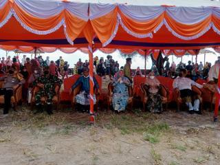 Event Mandi Safar di Tanjung Lapin Rupat Utara Dibuka Oleh Bupati Bengkalis