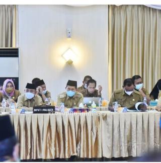 Wabup H.Syamsuddin Uti, Ikuti Rapat Penyempurnaan Dokumen Usulan RUU Provinsi Riau