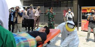 Pasien Positif Covid-19 di Pekanbaru yang Isoman di Rumah Dijemput Polisi