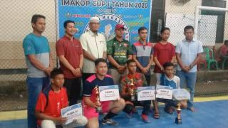 Kepala Desa Koto Tuo Kopah H. Suman Hijar Menutup Secara Resmi Turnamen Futsal IMAKOP CUP I.