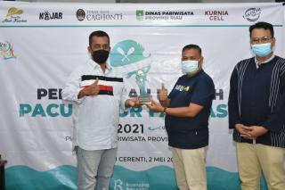 Mengobati Kerinduan Pecinta Jalur, Komunitas Kuansing Bacarito Gelar Pacu Jalur Fantasi Secara Darin