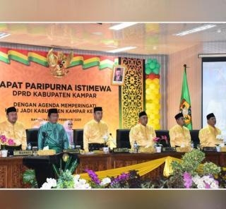 "DPRD-Kampar-Gelar-Paripurna-Hari-Jadi-Kabupaten-Kampar-ke-70-dengan-Tema,""Tali-BapilinTigo"""