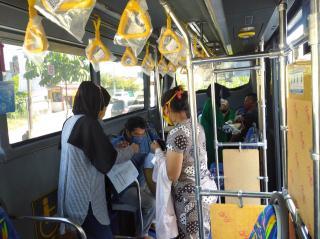1.345 Warga Jalani Vaksinasi Tahap Dua di Bus Vaksinasi Keliling