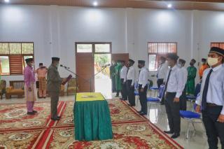 Bupati Siak Alfedri lakukan Pelantikan dan Pengambilan Sumpah Jabatan Badan Permusyawaratan Kampung