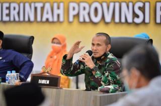 LAMR Rohul Pinang Danrem 031/WB Tabalkan Datuk Panglima Ompu Alam Bosa