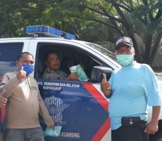 Peduli Kemanusiaan FPII Kuansing Bagikan Masker