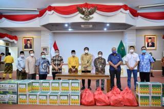 Gubri Terima 1.500 Bantuan Paket Sembako Dari 11 KKKS Provinsi Riau