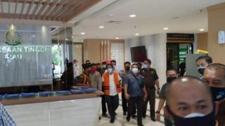 Sekdaprov Riau, Yan Prana Jaya Tersangka, Kejati Riau Langsung Lakukan Penahanan
