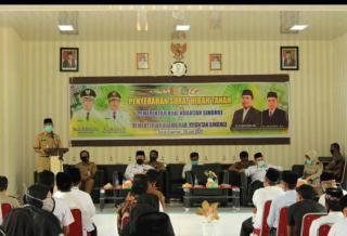 Bupati Kuantan Singingi  Drs H Mursini M.Si hadiri Acara Penyerahan Surat Hibah ke Kemenag