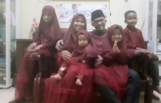 Syafril Beserta Keluarga Ucapkan Selamat Idul Fitri Untuk Masyarakat Kuansing